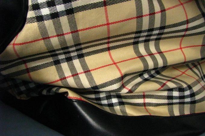 ровный рисунок на ткани