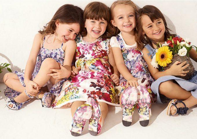 красивая и удобная одежда для девочек