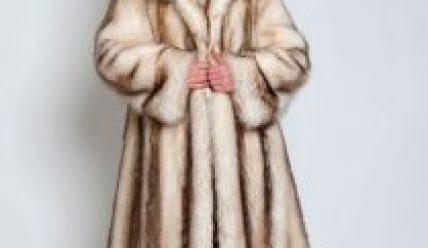 Выбор шубы из енота для тепла, комфорта и красоты