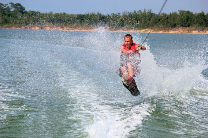 как выбрать водные лыжи