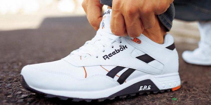 Неправильные надписи на кроссовках Reebok