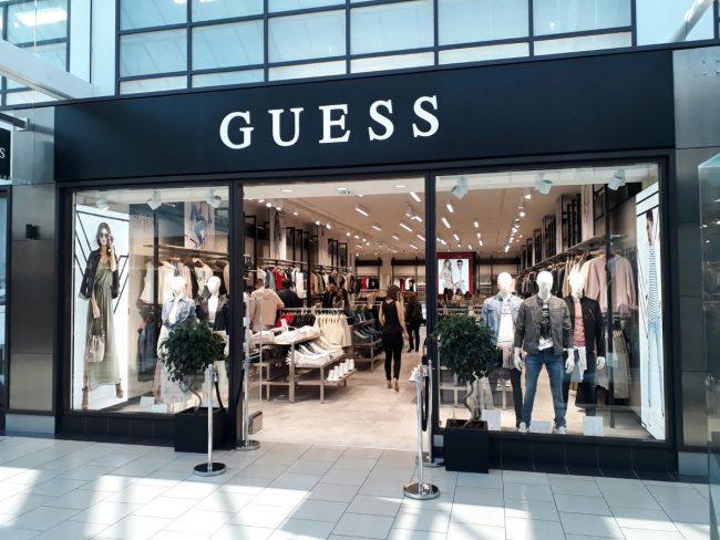 фирменный магазин GUESS