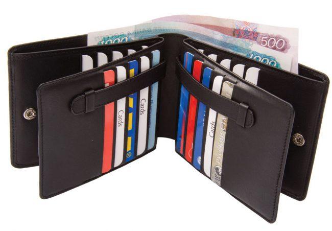 кошелек с большим количеством отделений для карт