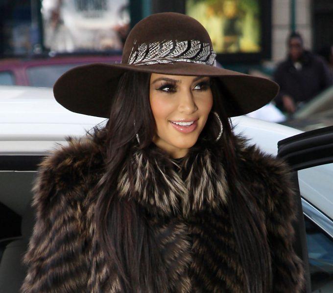 элегантная шляпа