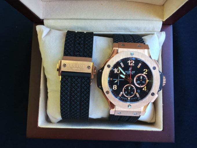 внешний вид упаковки часов