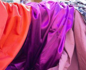 Описание ткани микромасло и что за одежда из нее производится